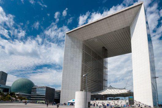 Grande Arche de la Défense (Bild: © Ugis Riba - shutterstock.com)