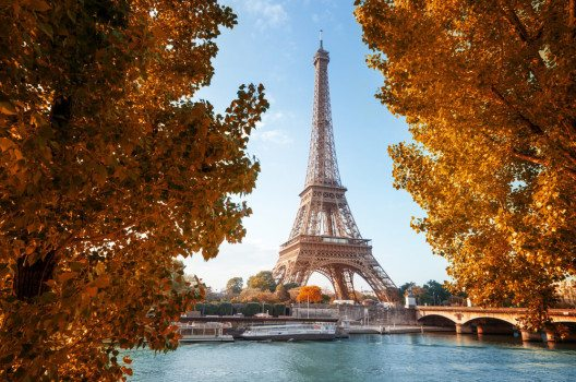 Eiffelturm (Bild: © Iakov Kalinin - shutterstock.com)