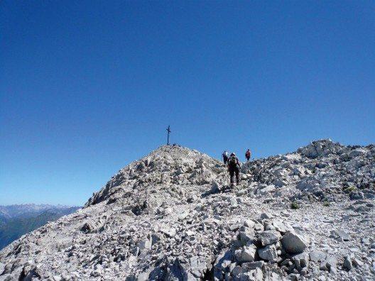 Wanderung zum Berggipfel Sulzfluh (Bild: © Christina Wachter - Montafon Tourismus GmbH)