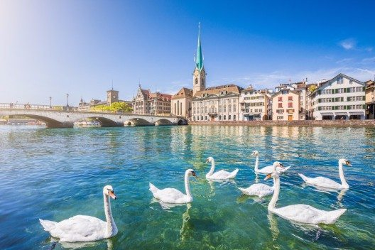 Zürich bietet Erholung und Abwechslung. (Bild: © canadastock - shutterstock.com)