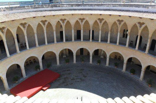 Die Burg Castell de Bellver (Bild: fincallorca)