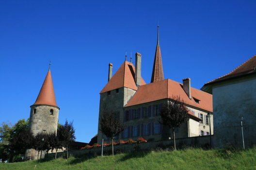 Schloss von Avenches (Bild: Twen, Wikimedia, CC)