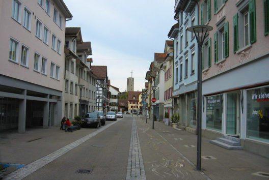 Hauptstrasse in Rheineck (Bild: Martin Lindner, Wikimedia, CC)