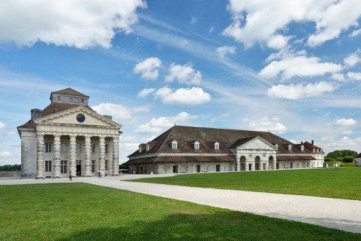 Die Königlichen Salinen in Arc-et-Senans in Frankreich (Bild: Wolfgang Moroder, Wikimedia, CC)