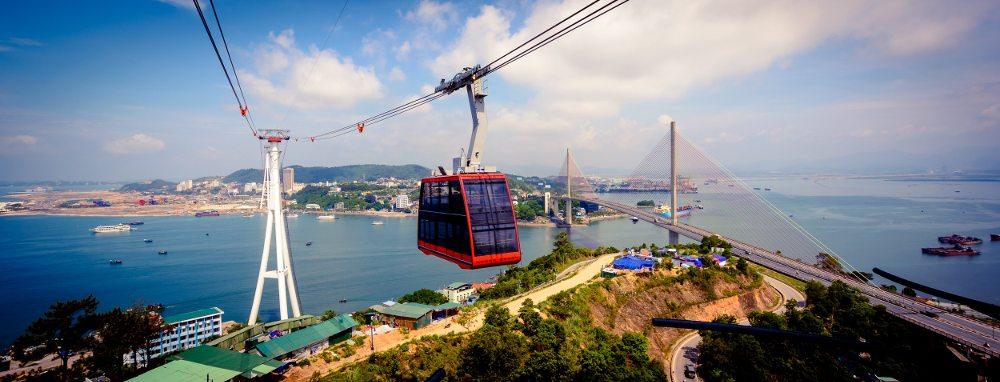Neue Touristenattraktion in Vietnam - grösste Pendelbahn der Welt. (Bild: © Doppelmayr/Garaventa)