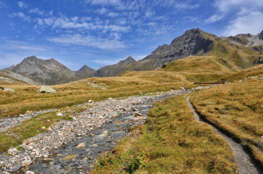 Die Greina-Hochebene befindet sich an der Grenze des Kantons Graubünden. (Bild: © Alessandro D'Ambrosio - shutterstock.com)