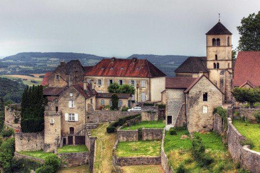 Baume-les-Messieurs (Bild: Mark Wolters_shutterstock.com)