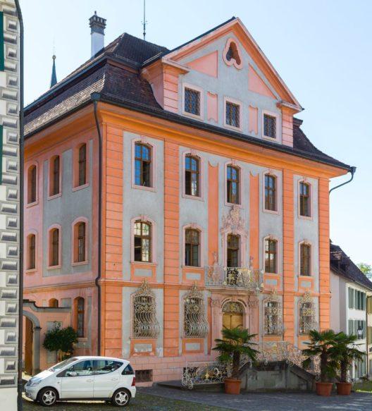 Das barocke Rathaus von Bischofszell (Bild: JoachimKohlerBremen, Wikimedia, CC)