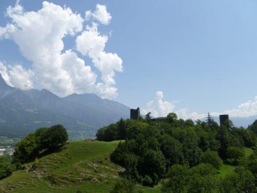 Ruine von Burg Freudenberg (Bild: © SchuetzeZH, Wikimedia, CC BY-SA 3.0)