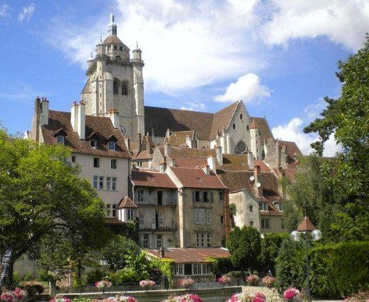 Dole – die frühere Hauptstadt der Franche-Comté. (Bild: Cjulien21, Wikimedia, CC)