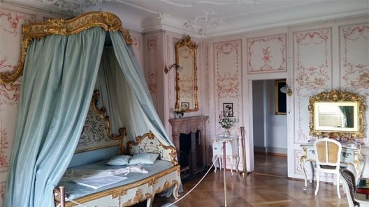 Schloss Lenzburg, Wohnbereich des 19. Jahrhunderts (Bild: Andreas Faessler, Wikimedia, CC)