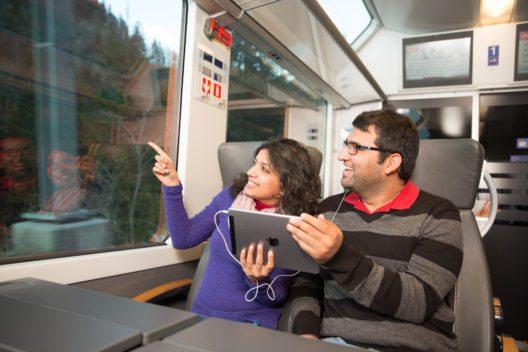 Die App bietet allgemeine Infos zur Strecke und zum Angebot der Zentralbahn. (Bild: zb Zentralbahn AG)