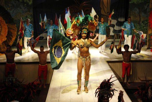 Rio de Janeiro Show im Plataforma mit Abendessen (Bild: GetYourGuide)