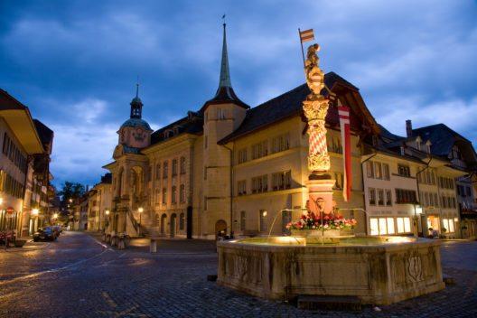 Ein Rundgang durch die sehenswerte Altstadt von Zofingen ist unbedingt sehenswert. (Bild: © Roland Zihlmann - shutterstock.com)