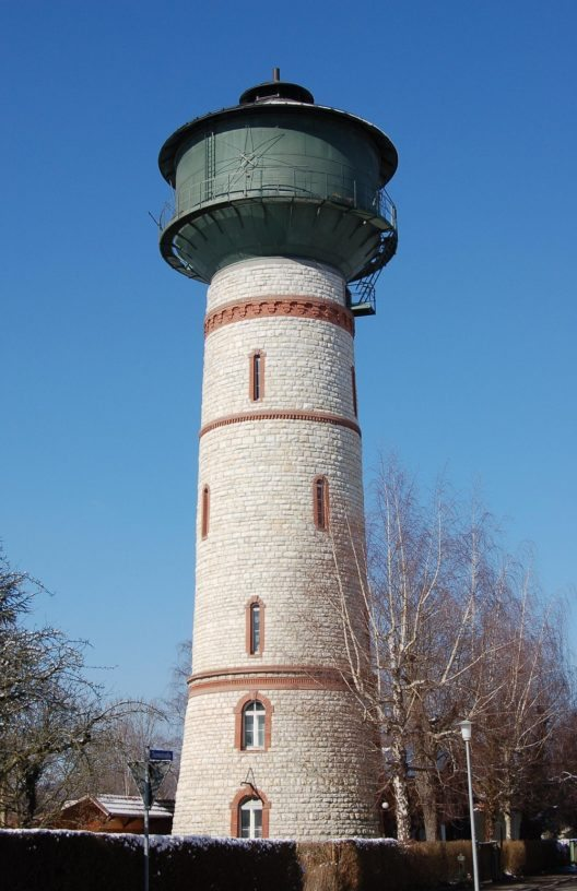 Das Wahrzeichen von Rheinfelden: der Wasserturm. (Bild: © Wladyslaw, Wikimedia, GNU)