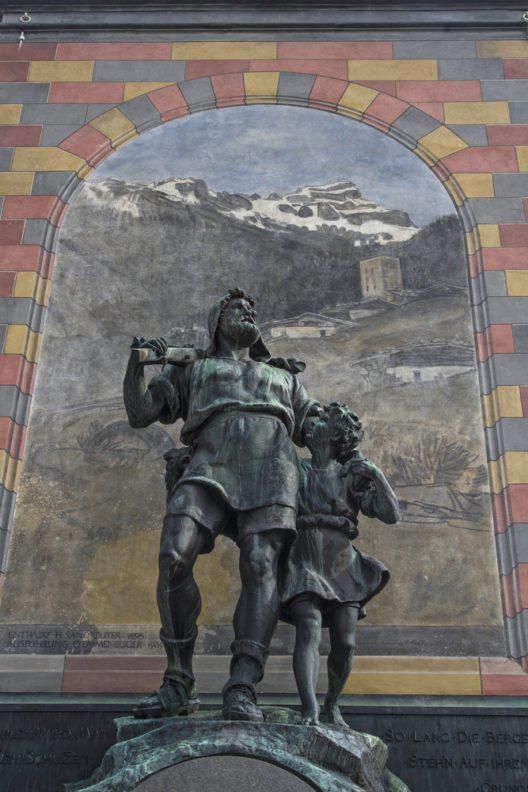 Im Altdorf soll Wilhelm Tell den berühmten Apfel vom Kopf seines Sohnes geschossen haben. (Bild: © Eder - shutterstock.com)