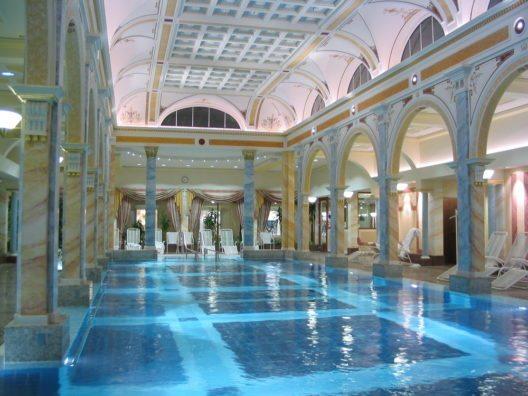 Grand Resort Bad Ragaz (Bild: © Peter Hansen - shutterstock.com)