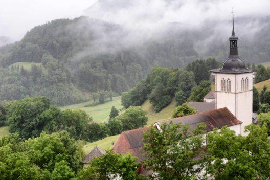 Die Kirche Saint Theodul (Bild: © Steve Cukrov - shutterstock.com)