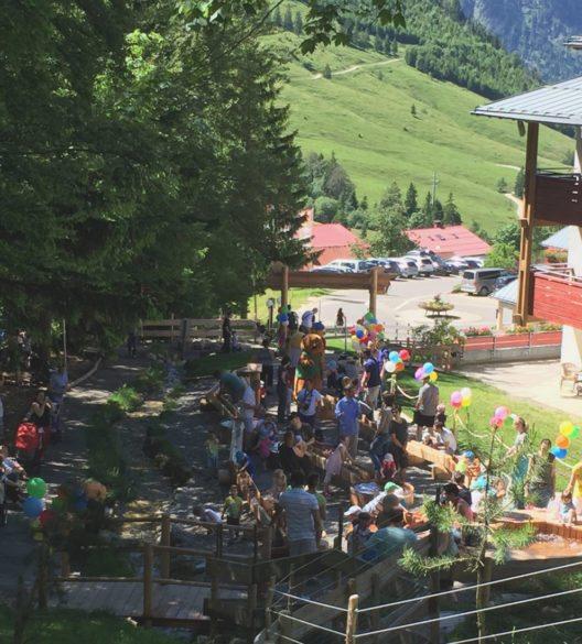 """Ein echter Hingucker: Zum Start in die Sommersaison 2016 hat das Kinderhotel Oberjoch """"Murmels Wasserwelt"""" eröffnet (Bild: Kinderhotel Oberjoch)"""
