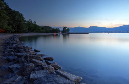Lac de Neuchâtel (Bild: Mihai-Bogdan Lazar – Shutterstock.com)