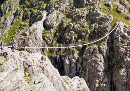 Die Triftbrücke über die Triftschlucht (Bild: Migel – Shutterstock.com)