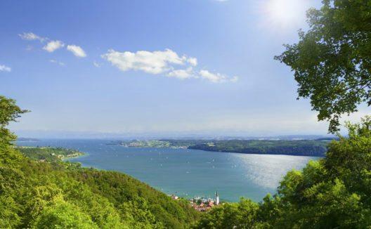 Der Bodensee kann innerhalb weniger Tage stressfrei umrundet werden. (Bild: GorillaAttack – Shutterstock.com)