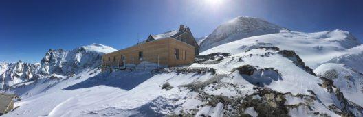 Die erneuerte SAC Tierberglihütte wird eingeweiht. (Bild: © Schweizer Alpen-Club SAC)