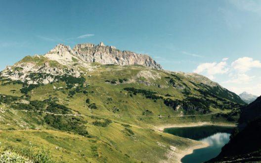 Formarinsee (Bild: Matthias Fleisch /Alpenregion Bludenz Tourismus)