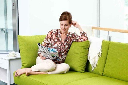 Alarmsysteme mit intelligenten Apps sorgen für Sicherheit daheim während des Urlaubs. (Bild: © Telenot Electronic GmbH)