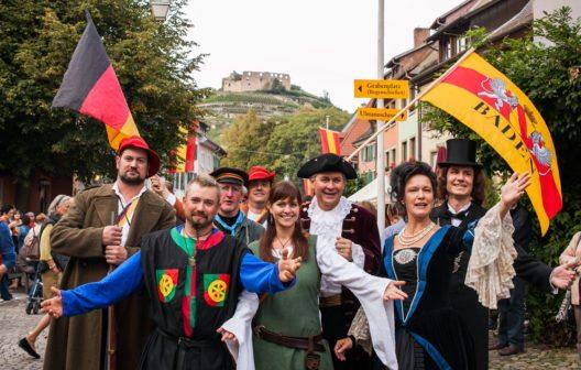 Zu den Stadtgeschichten - kurz STAGES - in Staufen verwandelt sich die Fauststadt jedes Jahr im September in ein begehbares Geschichtsbuch. (Bild: Philipp von Ditfurth / www.schwarzwald-tourismus.info)