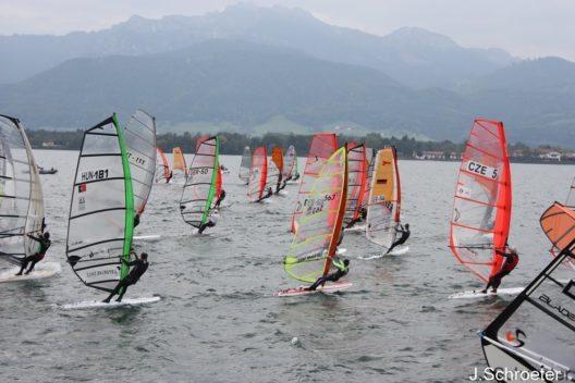 Vom 30. September bis 2. Oktober trägt die Surf-Bundesliga in acht Rennen ihr Team-Finale am Chiemsee aus.