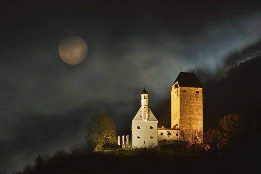 Burg Freundsberg(Bild: © Silberregion Karwendel)