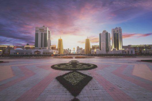 Astana (Bild: © Tracy ben - shutterstock.com)