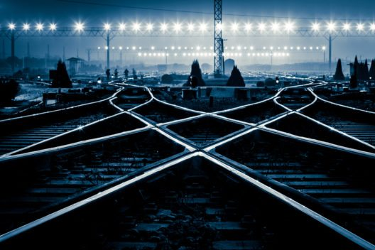 Nachtzüge in Europa machen doch weiter! (Bild: zhangyang13576997233 - shutterstock.com)