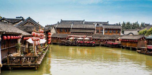 Besucher können das ruhige Landschaftsbild geniessen. (Bild: XIE CHENGXIN – Shutterstock.com)