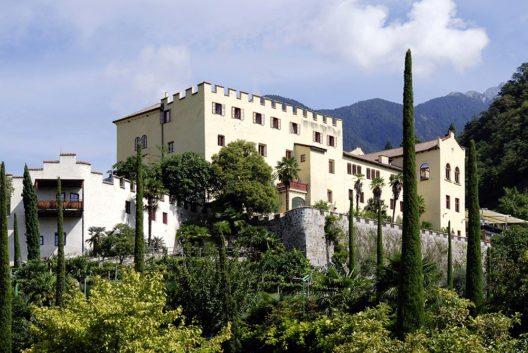 Schloss Trauttmannsdorf - Südtirol (Bild: © Peter Probst - shutterstock.com)