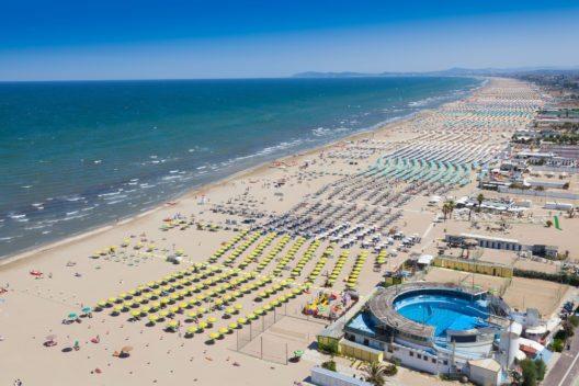 Italien - Rimini Beach (Bild: © Gianluca Figliola Fantini - shutterstock.com)