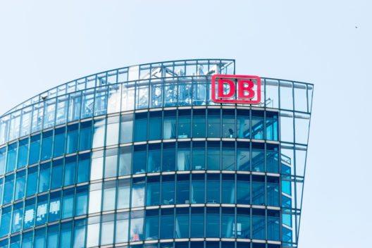Die ÖBB will laut Presseberichten die Nachtzuglinien übernehmen, welche die Deutsche Bahn abstossen will. (Bild: © Elpisterra - shutterstock.com)