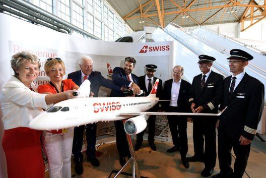 Nach Zürich, wurde jetzt auch das zweite Kurz- und Mittelstreckenflugzeug in Genft getauft. (Bild: © Laurent Guiraud)