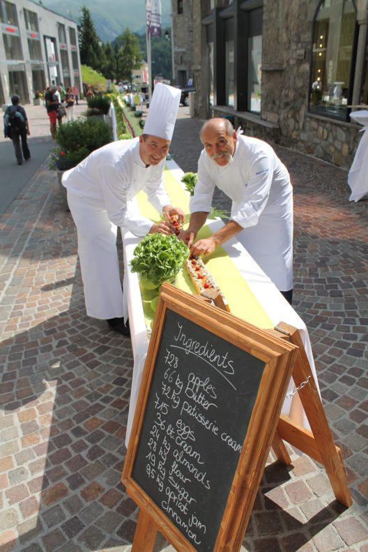 Event_120 Metres Apple Cake_Stefan Gerber Chef Patissier_Valmiro Pasini Executive Sous Chef_H