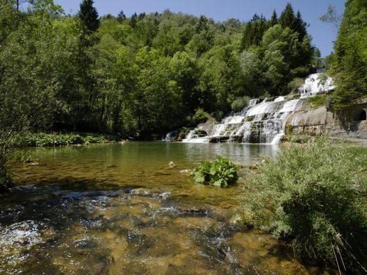 Wasserfälle bei der Nozon-Schlucht im Genferseegebiet. (© C. Jaccard / www.vaud-photos.ch)