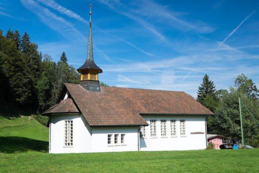 Die Wegkapelle Hübeli bei Hergiswil bei Willisau (Bild: Severin.stalder, Wikimedia, CC)