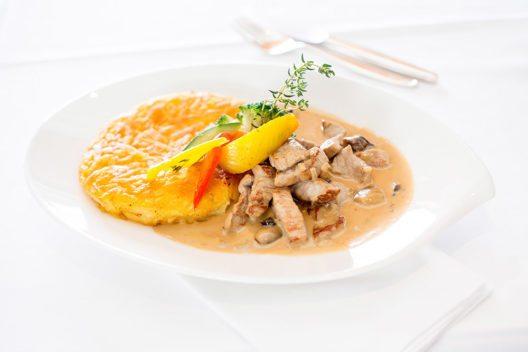 Restaurant Glärnischhof - regionale, faire und ehrliche Küche (Bild: © Hotel Glärnischhof)