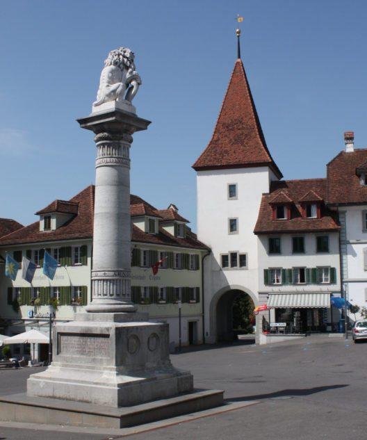 Löwendenkmal mit Ochsentor (Bild: WES1947, Wikimedia, CC)