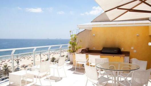 Oceanfront Duplex-Penthouse (Bild: © Tripping.com Partner Network)