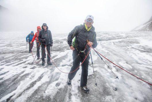 Tashi Tenzing vergnügt am Dach Tirols. (Bild: Chris Walch/TVB Pitztal)