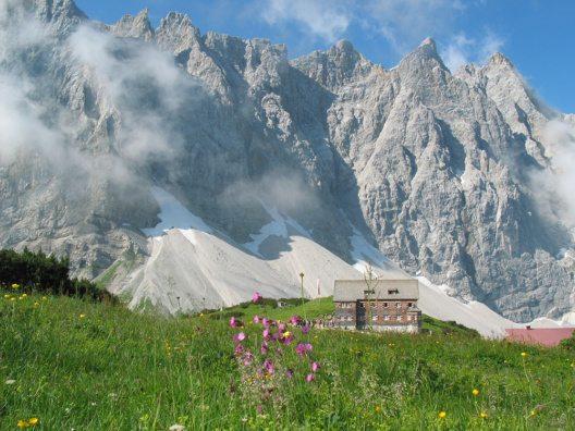Die Falkenhütte (Bild: © Silberregion Karwendel)