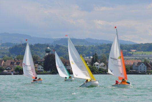 Segeln mit den speziellen Booten von Sailability (Bild: Schweiz Tourismus)