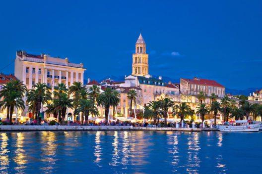 Dalmatien ist eine historische Region an der Ostküste der Adria, im Süden und Südosten Kroatiens. (Bild: © xbrchx- shutterstock.com)