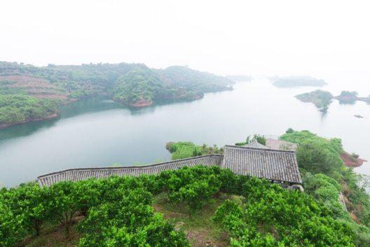 Der berühmte Qiandao-See (Bild: zhu difeng – Shutterstock.com)
